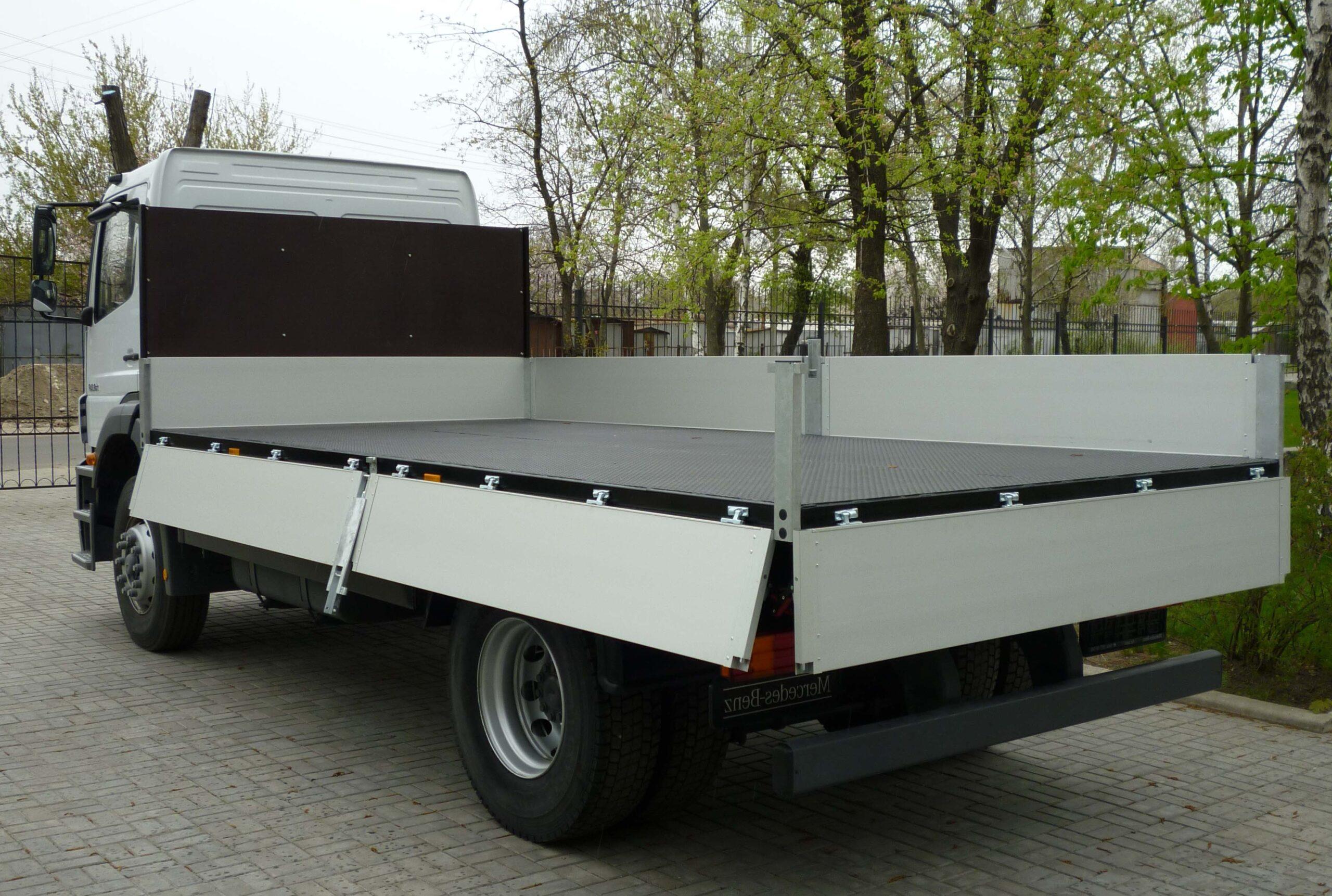 Открытый тип грузовой машины